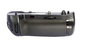 Батарейный блок Phottix BG-D750 для Nikon D750