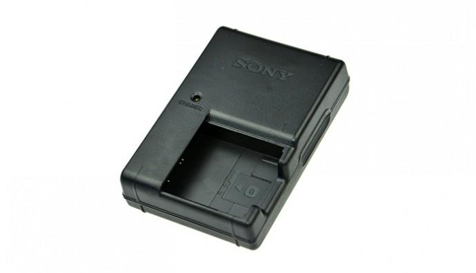 Зарядное устройство для аккумулятора Sony NP-BG1